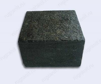 Брусчатка полнопиленная габбро 10x10x5 см черного цвета